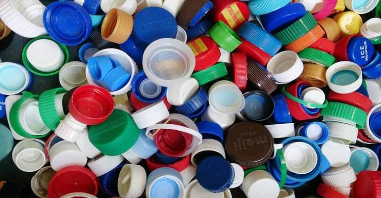Пилотный проект «Пластик+»: как превратить ненужные пластиковые пакеты в детскую площадку